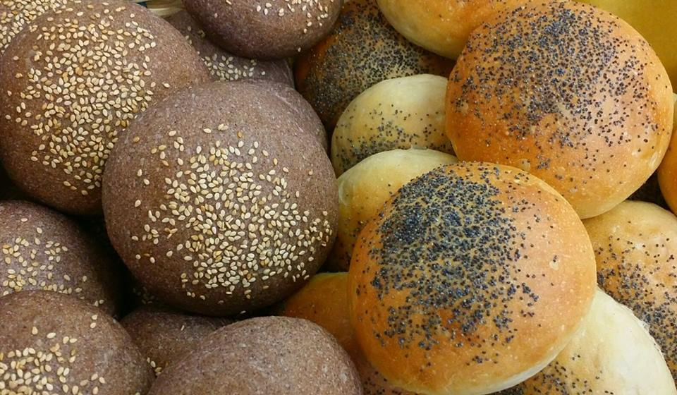 Panino per hamburger al riso venere - Cuore di Pane